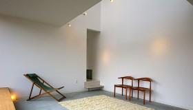 広がりの中に調和をもたらす、開放感のある空間